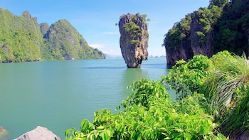 James Bond & Phang Nga Bay by Long-Tail Boat & Canoe