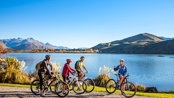 The Best of Queenstown Trails Full-Day Supported Bike Tour