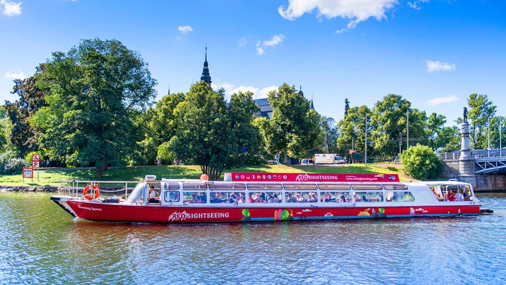 Canal boat tour in Stockholm