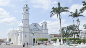 Tlacotalpan & Alvarado Full-Day Tour