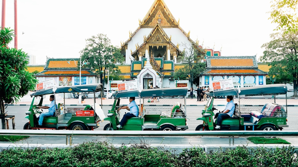 Show item 3 of 6. Landscape view of the Tuk Tuk Hop On Hop Off in Bangkok