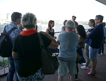 Guided Walking Tour of the Ellbphilharmonie