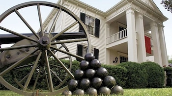 Guided Tour of the Lotz House Civil War Museum