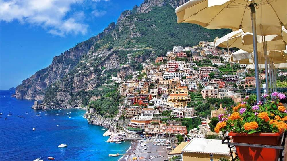 Small-Group Full-Day Amalfi Coast Boat Tour from Sorrento