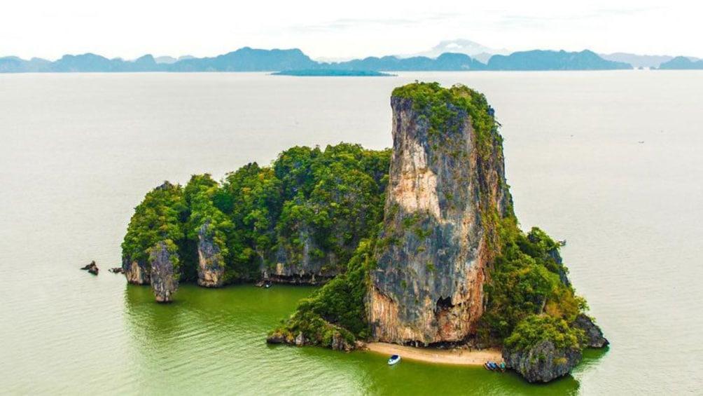 Foto 5 von 10 laden James Bond Island