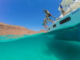 Guided Sailing & Snorkeling Adventure in the Sea of Cortez