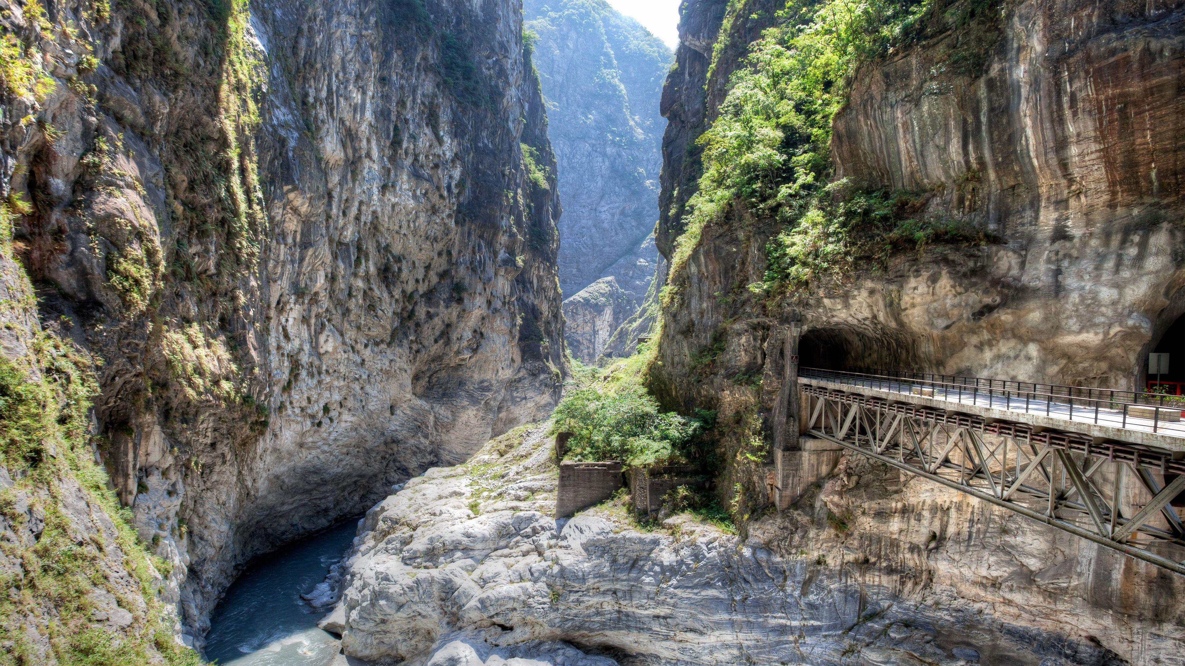 Serene views on the Taroko Gorge tour in Taiwan