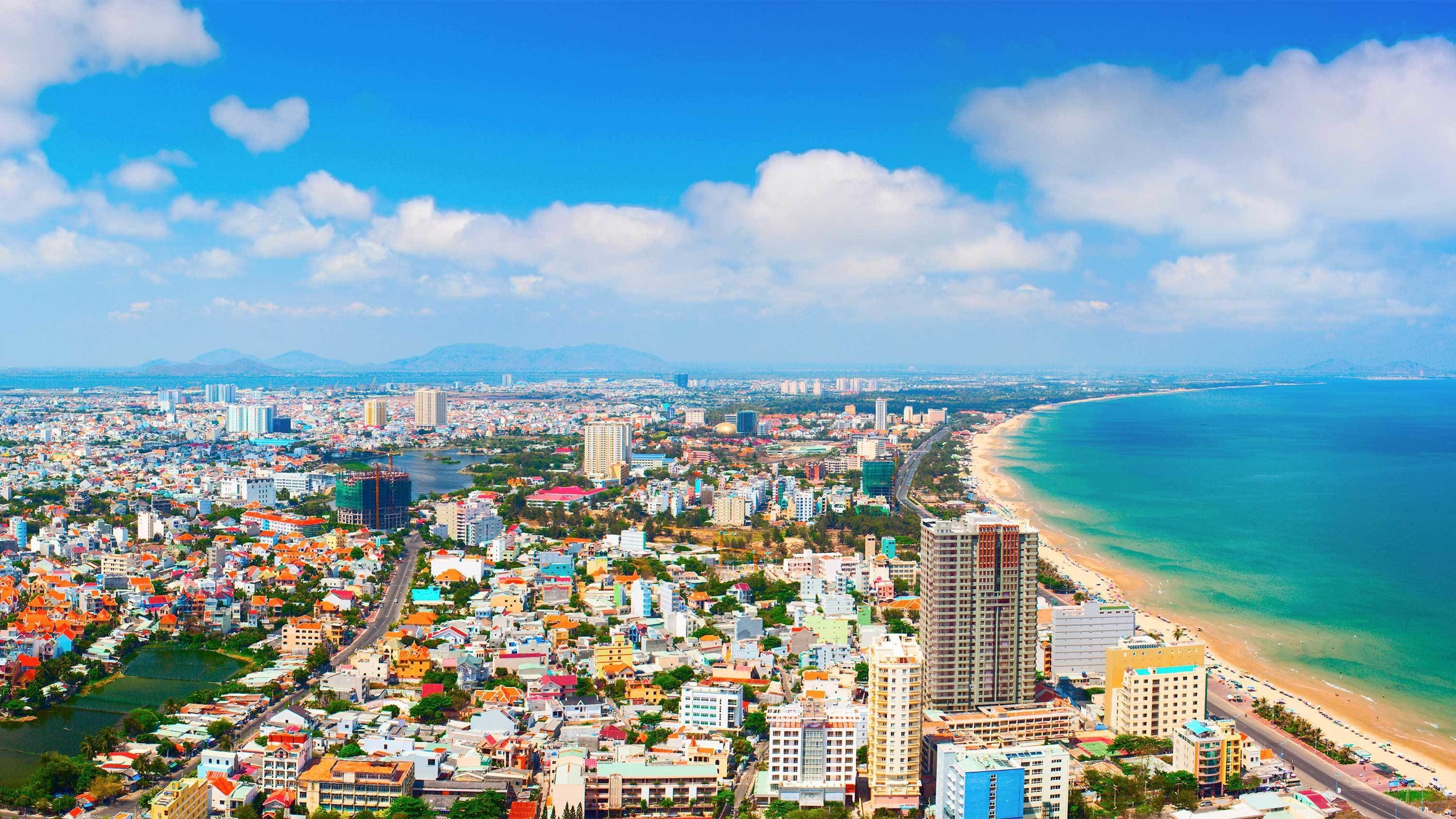 Private Vung Tau Full-Day City Tour with Beach Relaxation