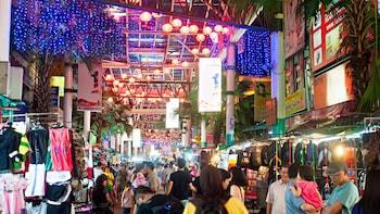 Evening Tour Kuala Lumpur with Masjid Jamek & Night Markets