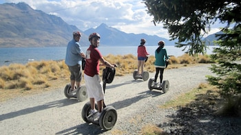Small-Group Scenic Segway Tour of Queenstown