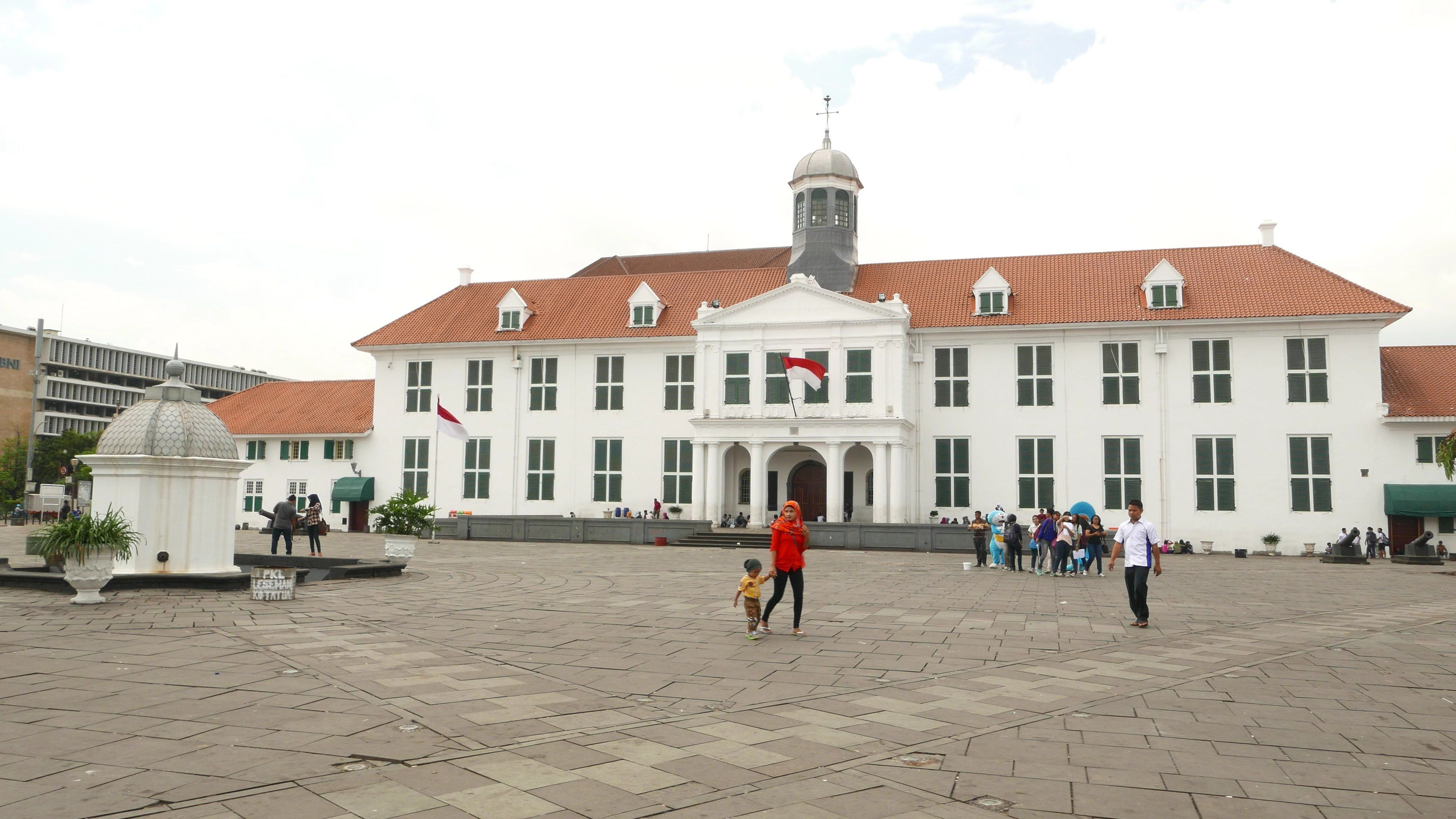 Tur Pribadi Berpemandu Sehari Penuh di Kota Tua Jakarta dengan Makan Siang