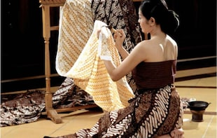 Private Half-Day Introduction to Batik Heritage with Lunch