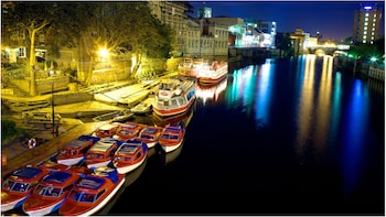 Floodlit Night-time Cruise on the River Ouse