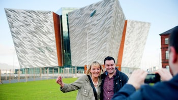 Combo Package: Hop-On Hop-Off Bus Tour with Titanic Belfast Admission