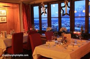 Concierto de Adviento y Navidad de Mozart con cena en la fortaleza de Hohen...