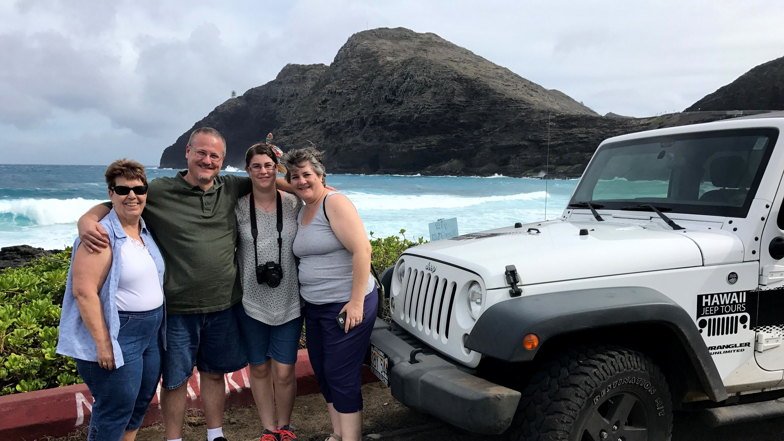 Private Guided Sightseeing Tour of Oahu by Jeep