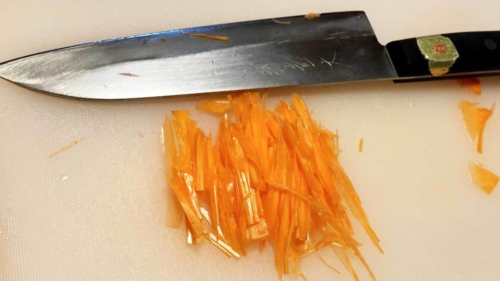 แสดงภาพที่ 3 จาก 5 Cutting board on the Home Cooking Class in Osaka