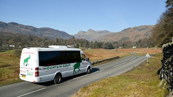 Full-Day Western Lake District Tour with Heritage Railway Ride from Winderm...