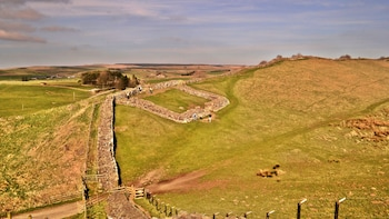 Hadrian's Wall Full-Day Tour from Windermere