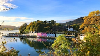 Full-Day Tour to the Isle of Skye & Eilean Donan Castle from Invernes