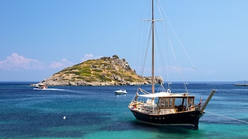 Island Waters Sailing Cruise