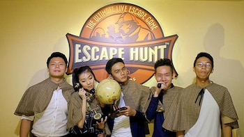 Admission to the Escape Hunt Experience Singapore