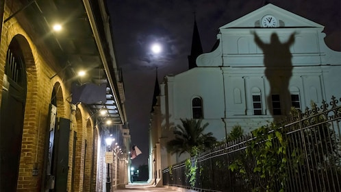 Unsolved Mysteries of New Orleans