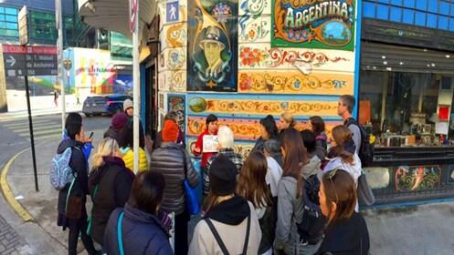 Argentina street art tour