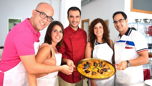 Cooking class with paella in Valencia