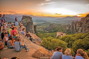 Meteora Day Trip from Thessaloniki via Train