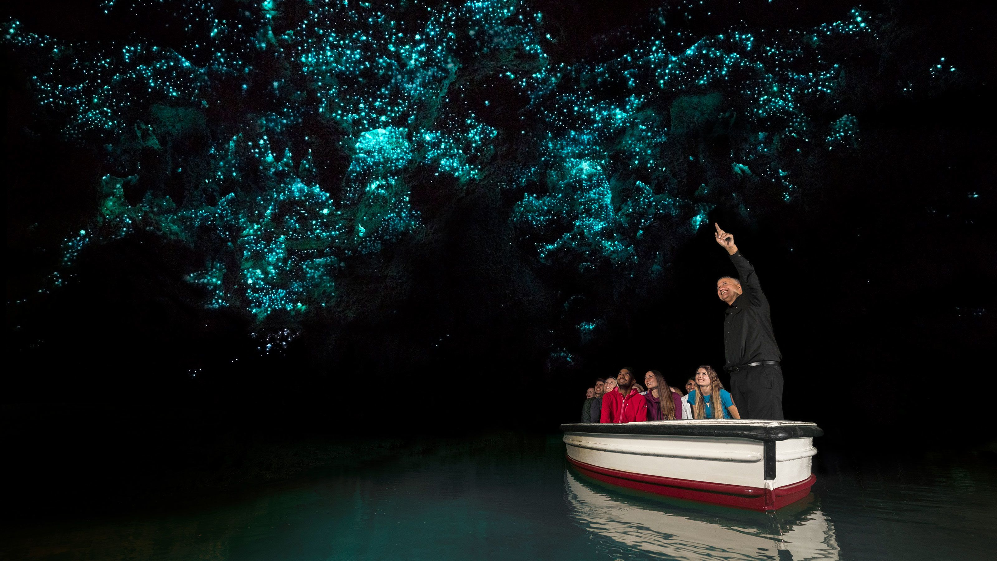 Waitomo Glowworm Caves & Rotorua Full-Day Tour