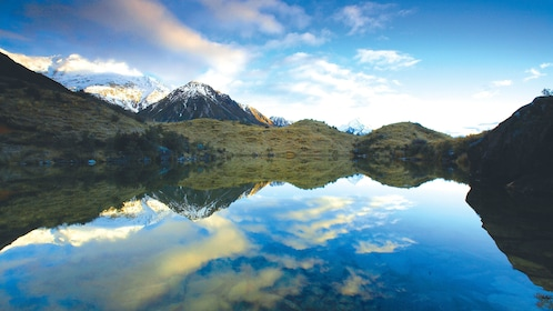 Lake and Mountains in New Zealand