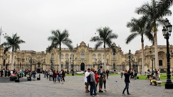 Small-Group Must Sees Tour of Lima