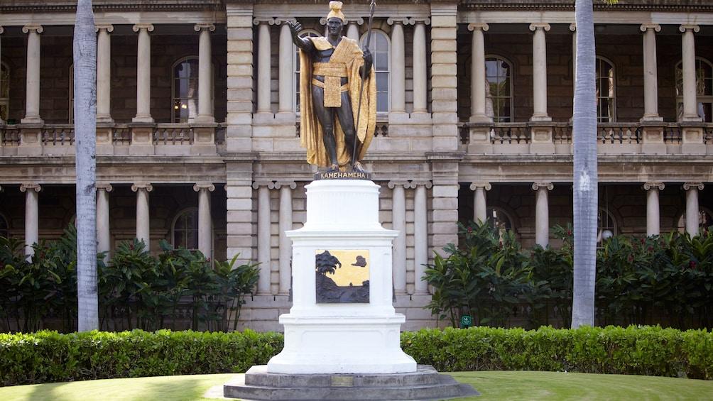 King Kamehameha Statue in Oahu