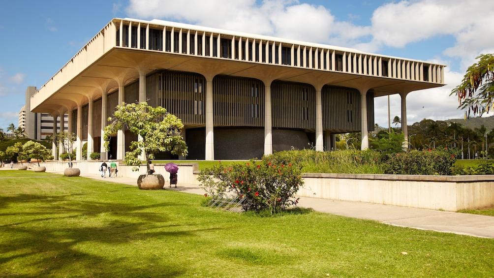 Memorial Exterior in Oahu