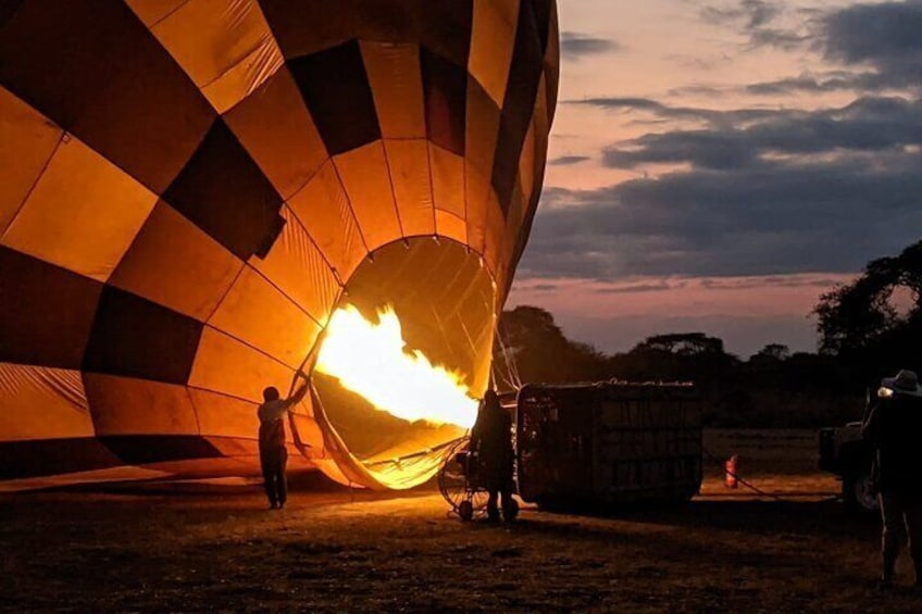 Hot Air Balloon Tour in Amboseli National Park with Breakfast