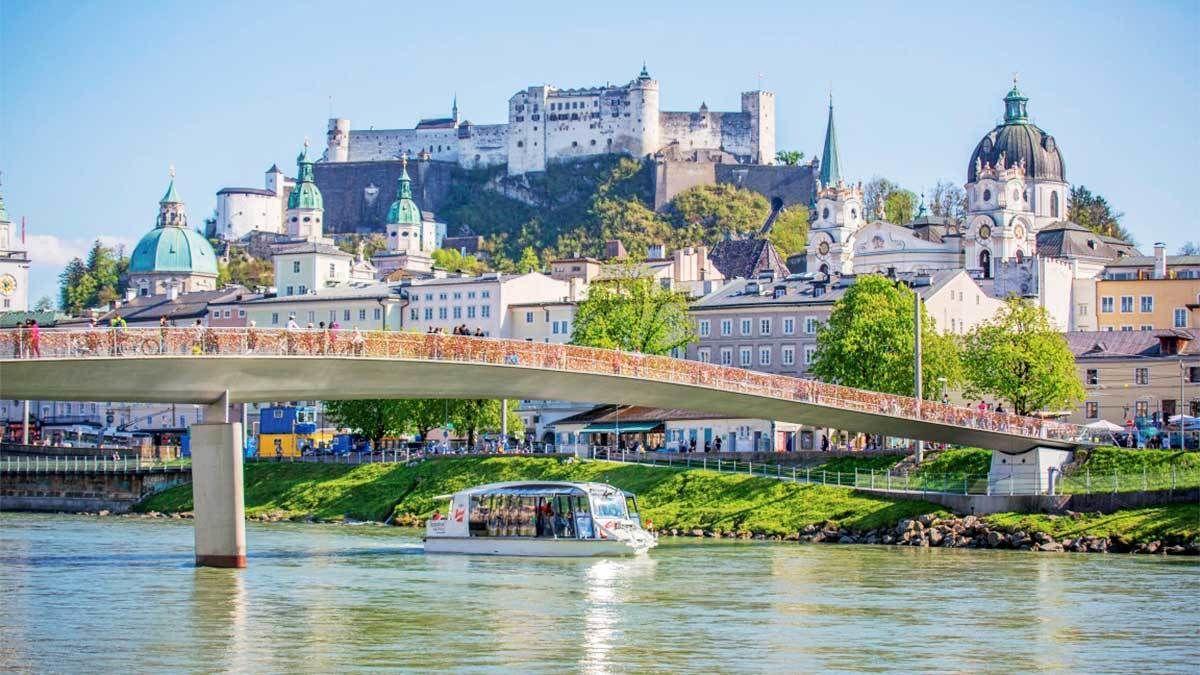 Crociera turistica lungo il fiume Salzach