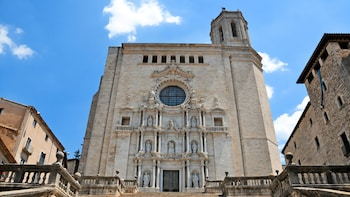 Small-Group Game of Thrones Day Tour in Girona from Barcelona