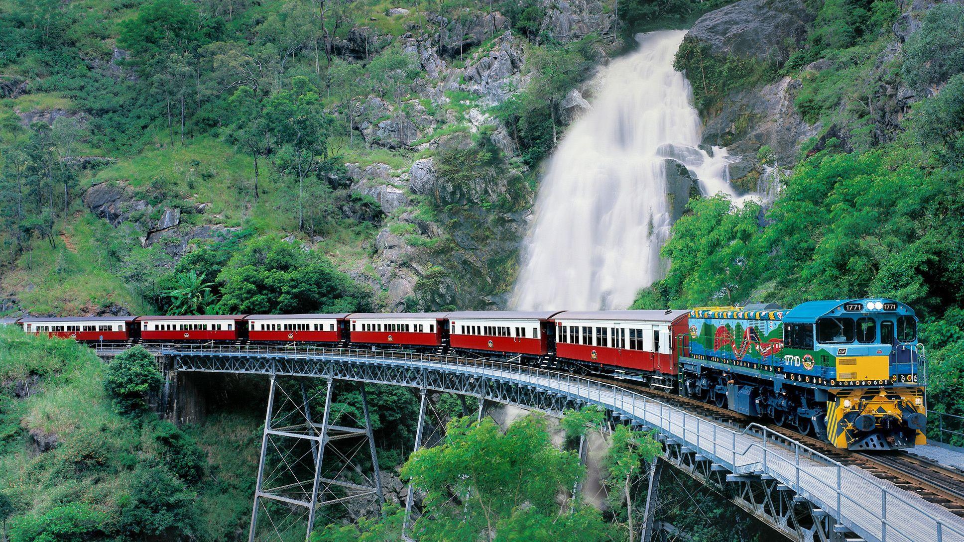 Guided Full-Day Getaway to Kuranda with Skyrail & Scenic Train