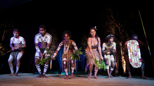Tribal dance in Tjapukai