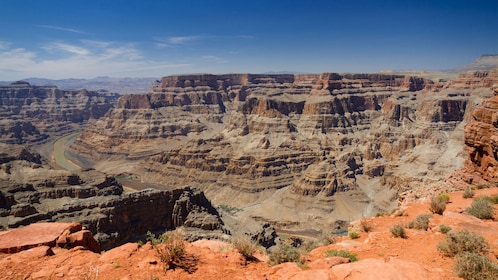 View of the Grand Canyon from rim