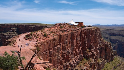 Grand Canyon West Rim Luxury Tour With Optional Helicopter