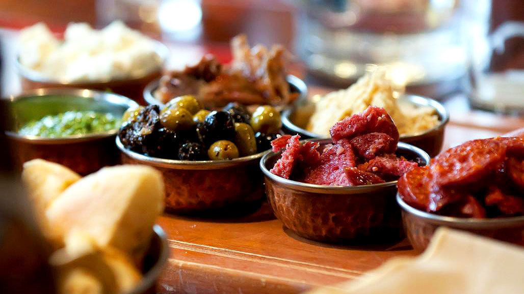 Galway Tapas Trail Food & Drink Walking Tour