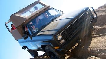 M1009 (m-10-oh-9) 4x4 Adventure in the Sonoran Desert