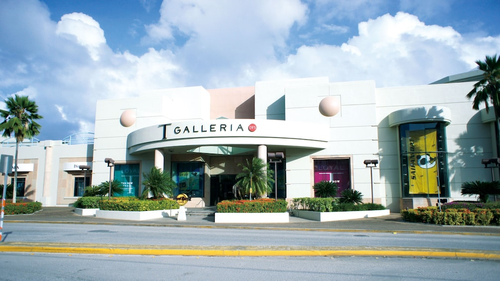 Show item 4 of 5. Large mall in Saipan