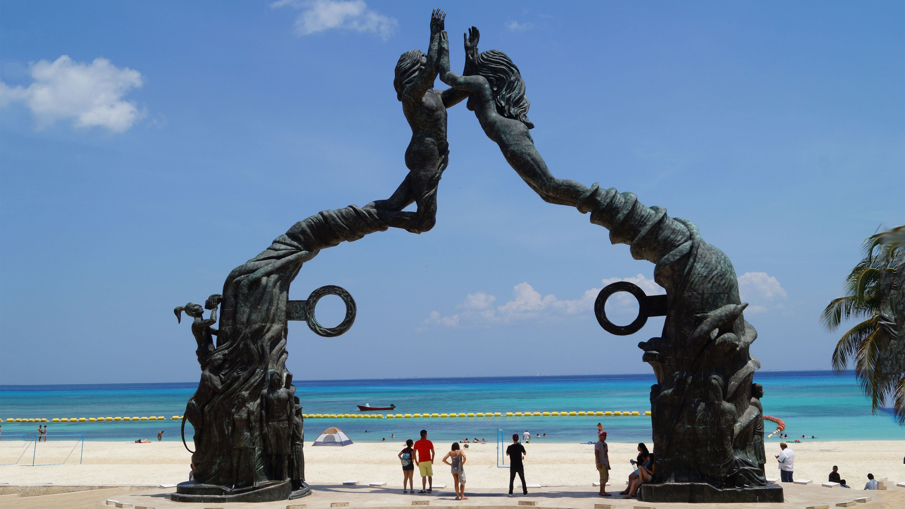 Large sculpture on the beach in Playa del Carmen