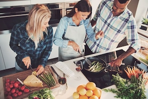 Small-Group 3-Course Cooking Class with a Local Chef