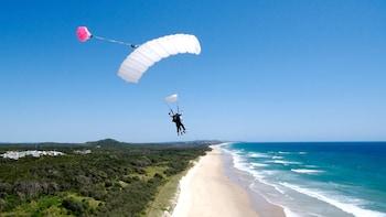 Coolum Beach Tandem Skydive
