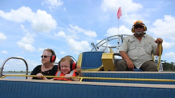 1-Hour Airboat Adventure on Lake Jesup