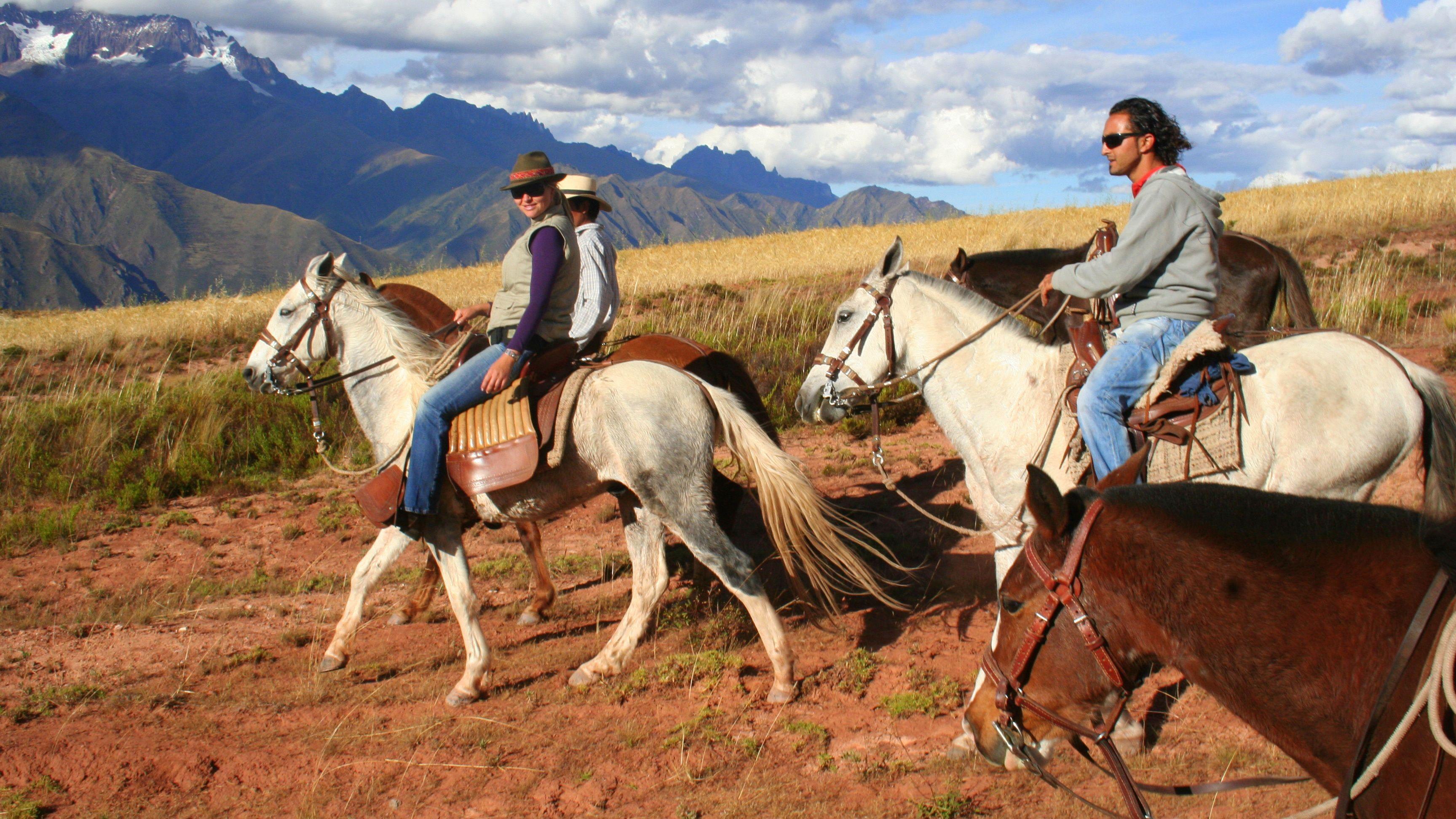 Half-Day Horseback Riding Mistic Tour